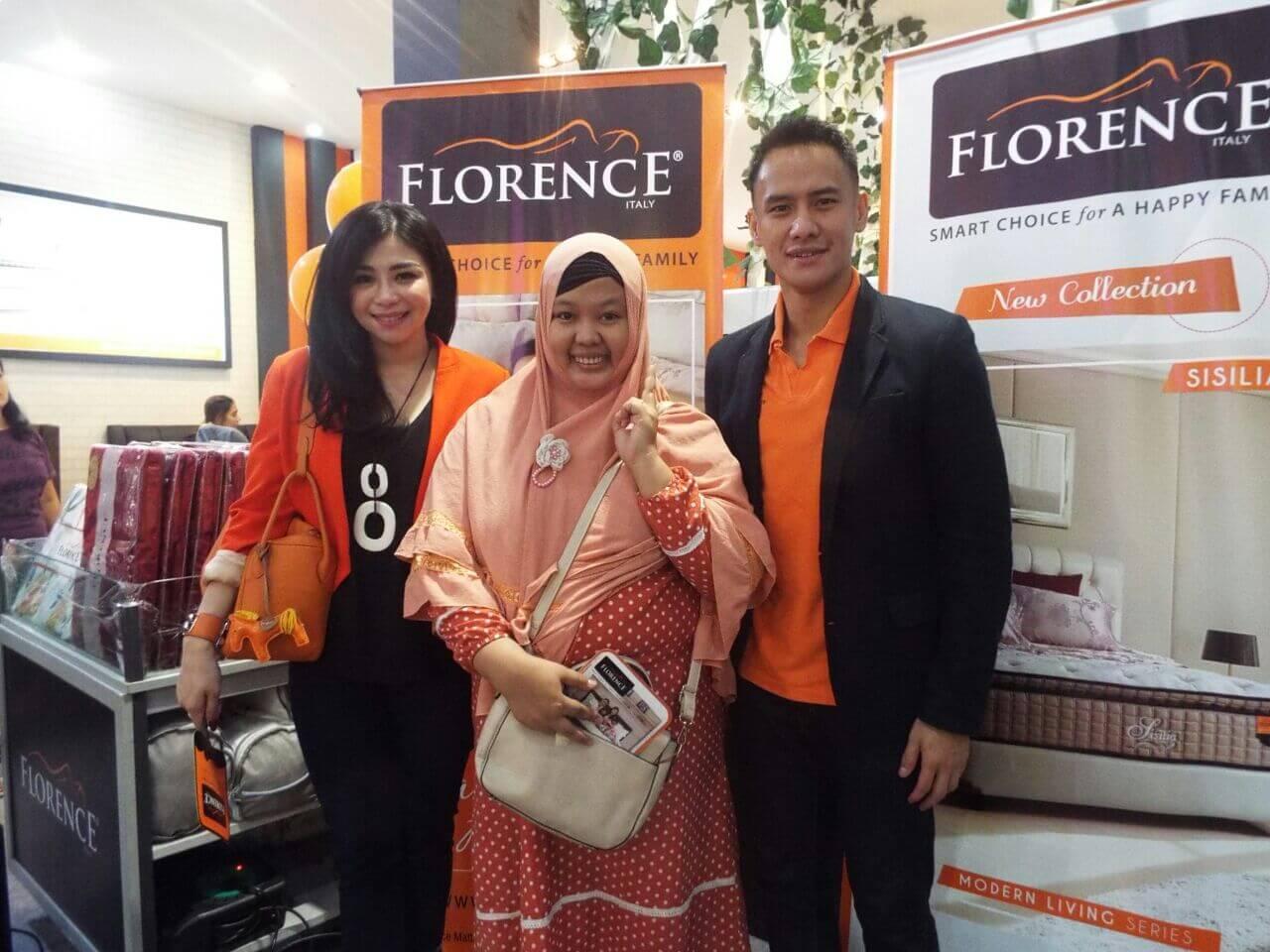 Berkesempatan foto bareng Choky dan Istri yang merupakan Brand Ambasador Florence
