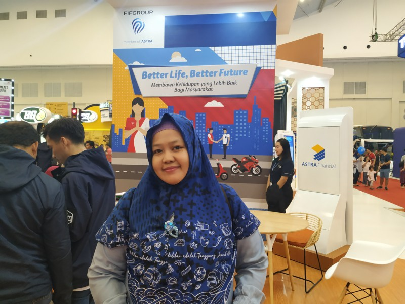 Aku di Booth FIFgroup Astra Financial